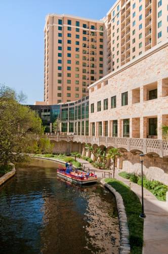 Hotels Near Market Square - El Mercado in San Antonio, TX