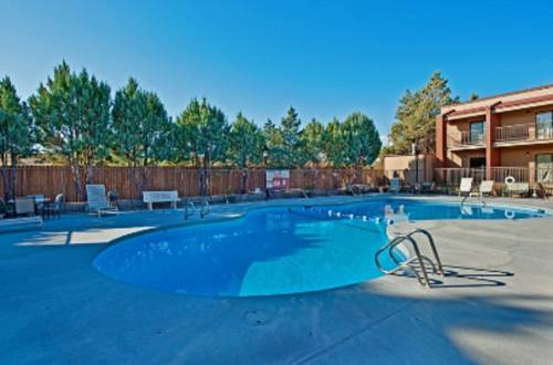 Best western discovery inn tucumcari new mexico nm for Amarillo parks and recreation swimming pools