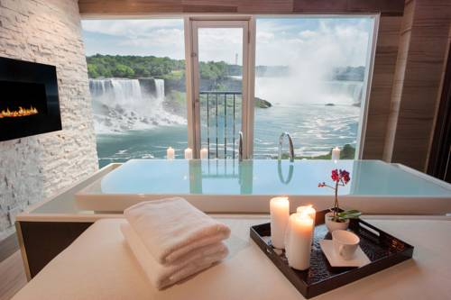 Sheraton On The Falls - Ontario romantic getaways