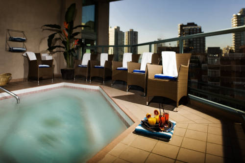 Executive Hotel Downtown Vancouver - British Columbia romantic getaways