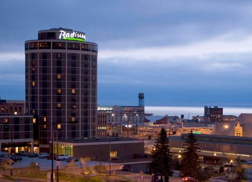 radisson hotel duluth harborview duluth minnesota. Black Bedroom Furniture Sets. Home Design Ideas