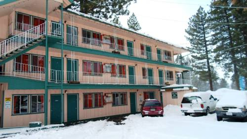 Located in South Lake Tahoe is the Stateline Economy Inn And Suit