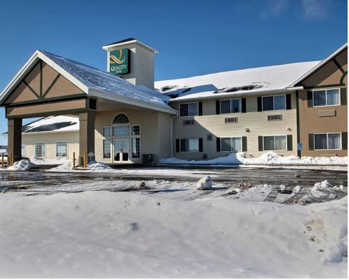 Hotels Near Mineral Mounds State Park