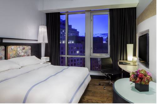 Hotels Near New School University in New York, NY