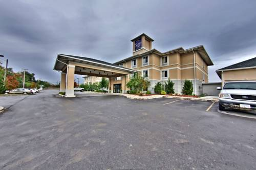 Hotels Near I-81 PA Exit 188 in Dunmore