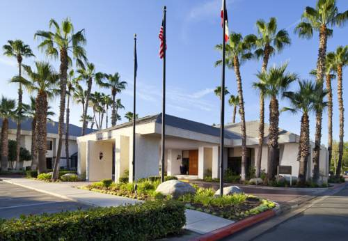 Four Points By Sheraton Bakersfield - California romantic getaways