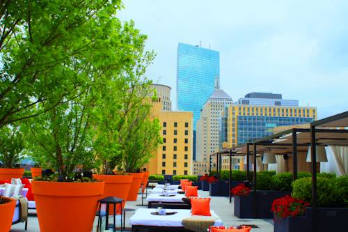 Hotels Near I-90 and I-93 in Boston, MA