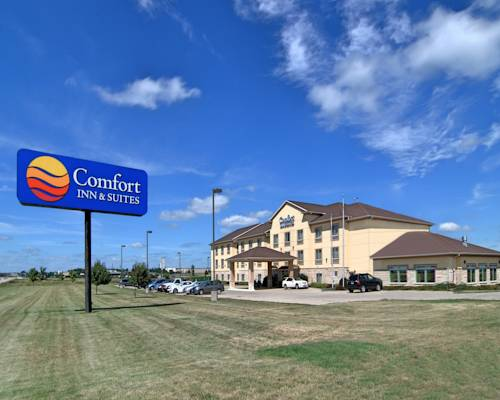 Comfort Inn Amp Suites Grinnell Grinnell Iowa Ia