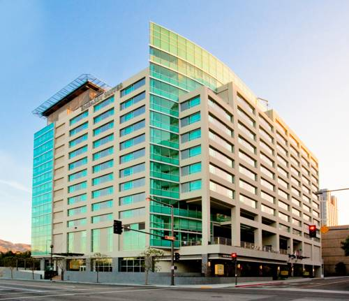 Hotels Near I-5 and Hwy-134 in Los Angeles, CA