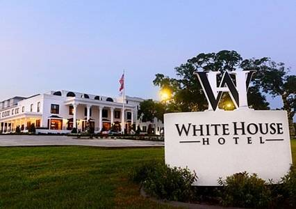 Hotels Near White House With Free Parking
