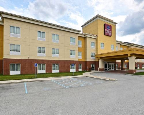 Comfort suites indianapolis indianapolis indiana in for Hotels near indianapolis motor speedway indiana
