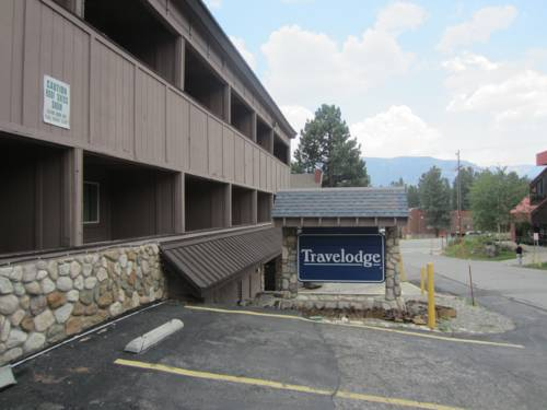 Located in Mammoth Lakes is the Travelodge Mammoth Lakes