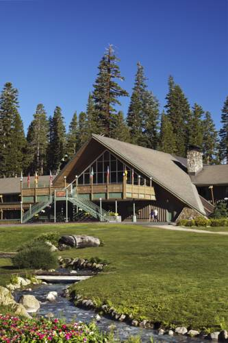 Located in Mammoth Lakes is the Mammoth Mountain Inn
