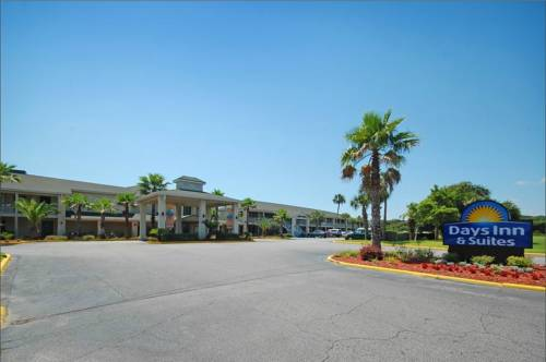 Rooms: Days Inn & Suites By Wyndham, Jekyll Island