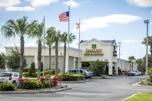 Choice Hotels Near Tampa Convention Center