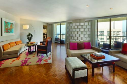 Hyatt Regency Waikiki Resort And Spa - Hawaii romantic getaways