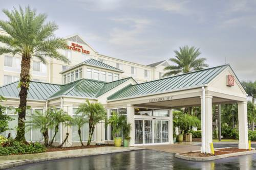 Hotels Near Forest Country Club in Fort Myers, FL