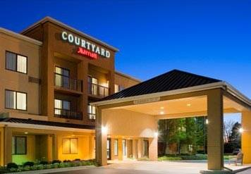 Courtyard toledo rossford perrysburg rossford ohio oh for Fat fish blue toledo