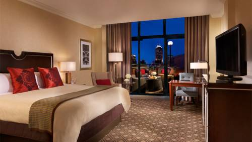 Omni Severin Hotel - Indiana romantic getaways