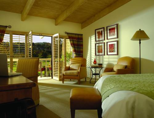 Rancho Bernardo Inn - California romantic getaways