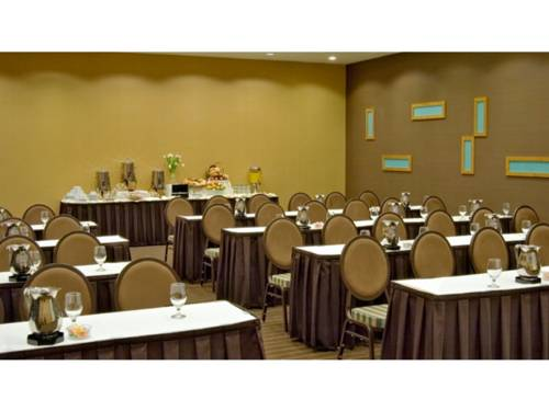 Doubletree By Hilton Chicago Arlington Heights