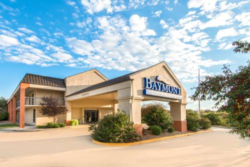 Baymont By Wyndham Topeka Topeka Kansas Hotel Motel Lodging