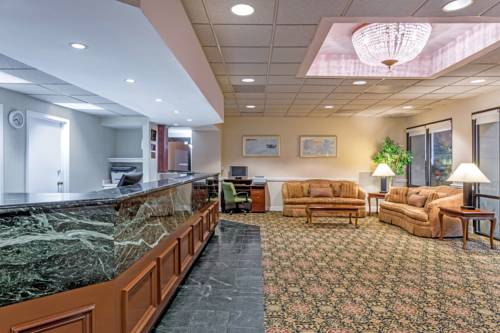 Hotels Near Mall Of America With Smoking Rooms