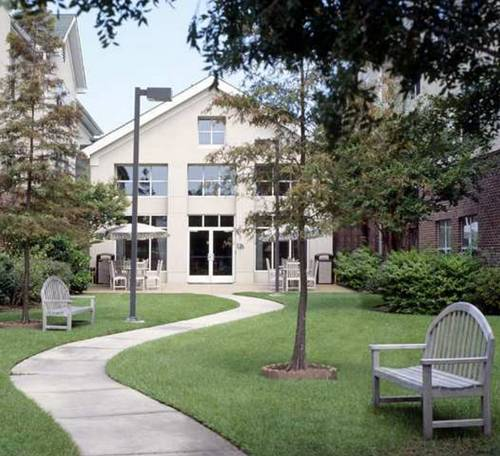 Hotels Near Baton Rouge Metropolitan Airport (Ryan Field) in Baton ...