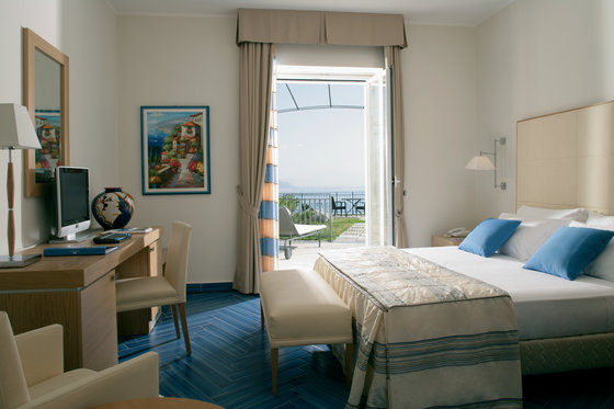 Superior Room with Sea View & Terrace and Garden
