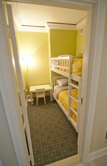 Family Suite (Child's Room)