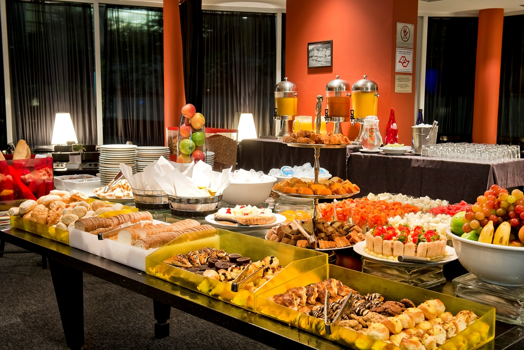 aTRYPBerrini BreakfastBuffetRestaurant