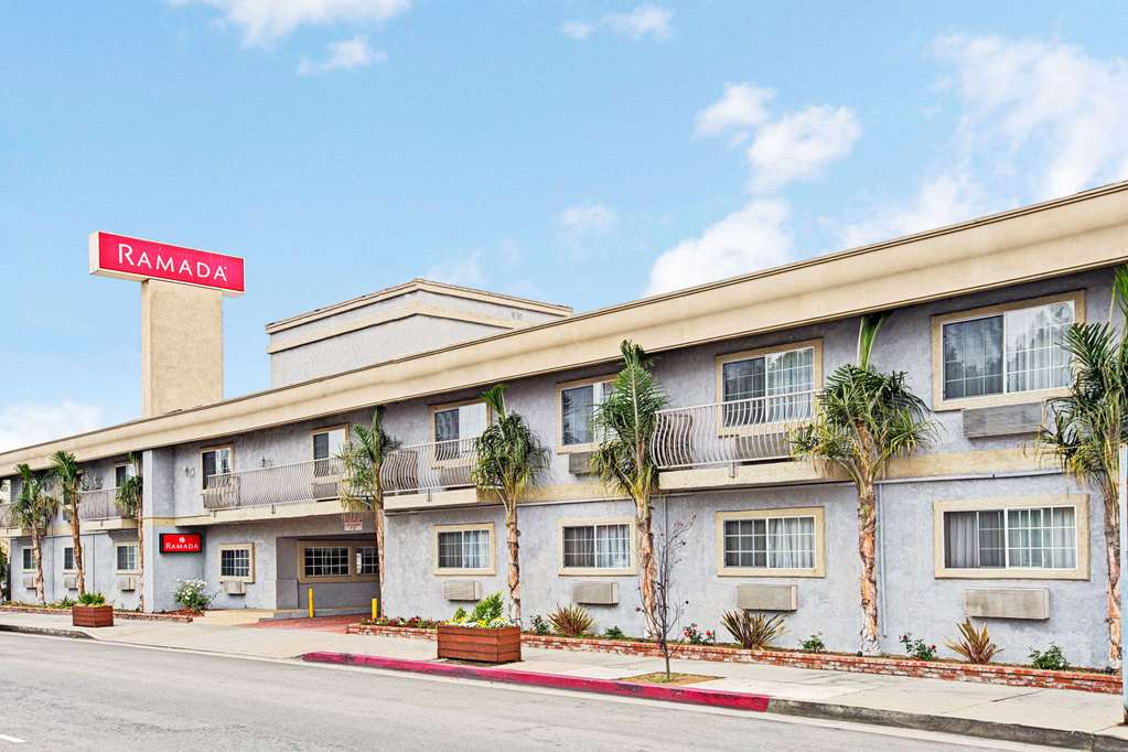 Hotels Near Marina Del Rey Hospital in Marina del Rey, CA