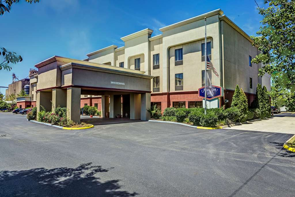 Hotels Near Rickenbacker International Airport in Columbus, OH