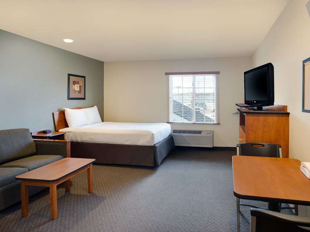 WoodSpring Suites Washington DC Andrews AFB Deluxe Studio x