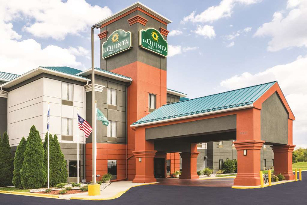 Hotels Near I-64 and I-265 in Louisville, KY