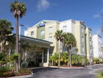 Welcome to the Days Inn And Suites Fort Pierce