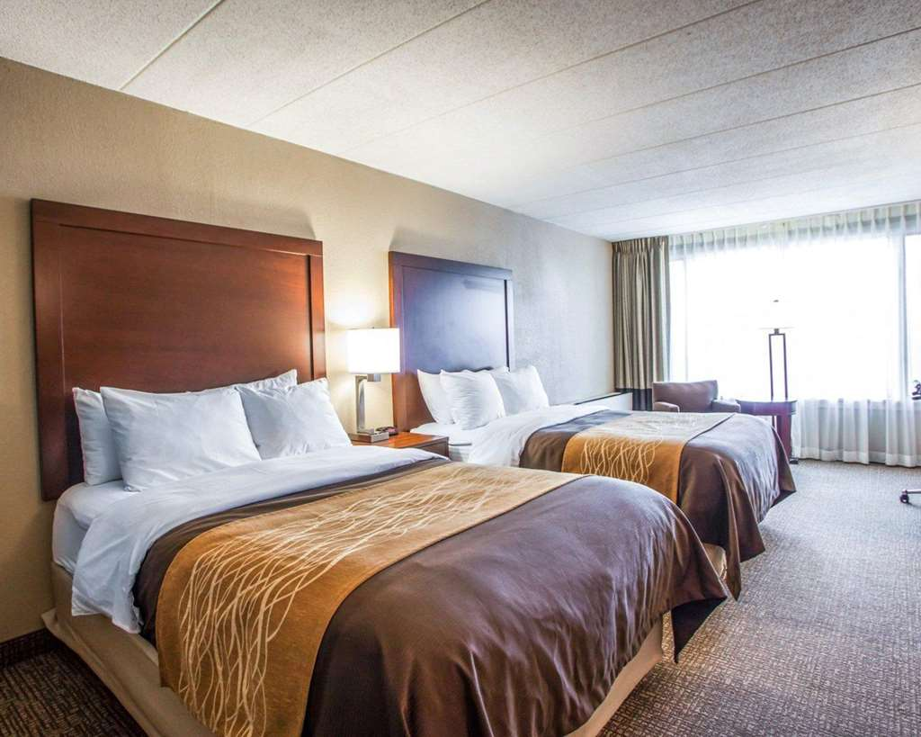 Enjoyable Quality Inn Suites Orland Park 8800 W 159Th St Home Interior And Landscaping Elinuenasavecom