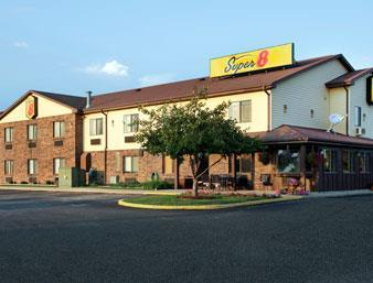 super 8 by wyndham imlay city imlay city michigan mi