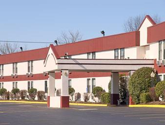 Super 8 By Wyndham Knoxville Downtown Area Knoxville Tennessee Tn