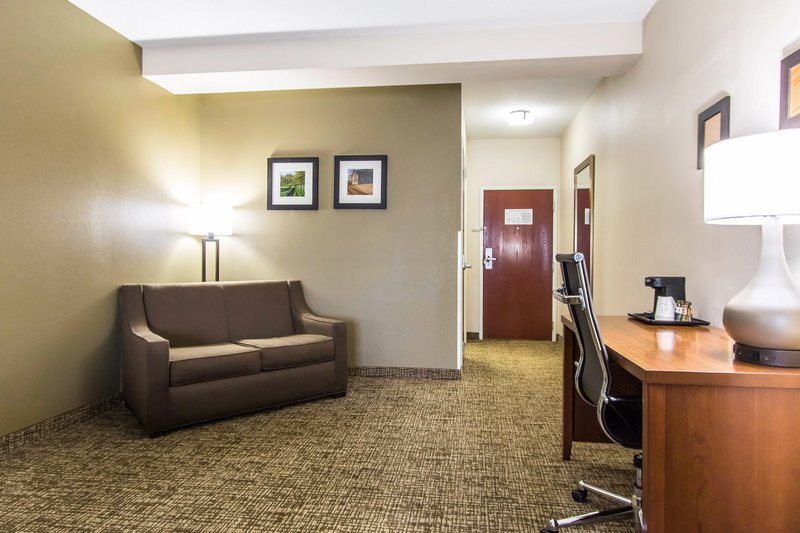 Hotels Near Mammoth Cave With Indoor Pool