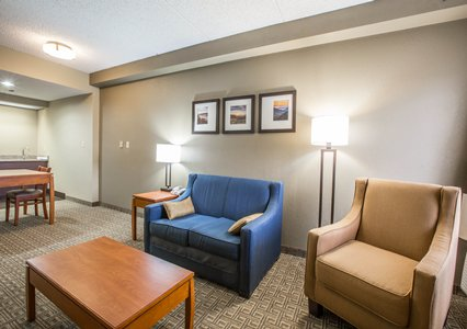Suites/Speciality Rooms