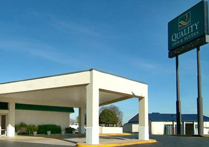 Quality Inn Suites Denton Texas Hotel Motel Lodging